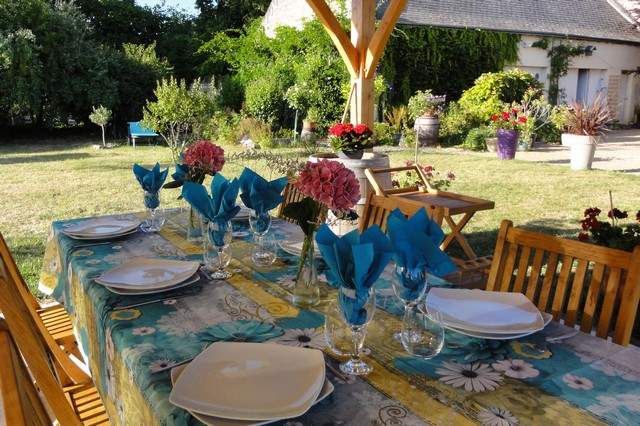 The meals in the garden in our accommodation between tours and Bourgueil